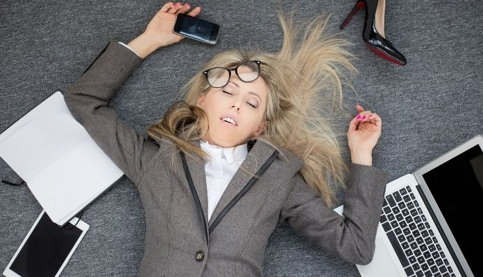 Negative effects of being a workaholic